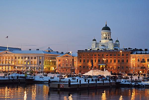 Helsinki noche