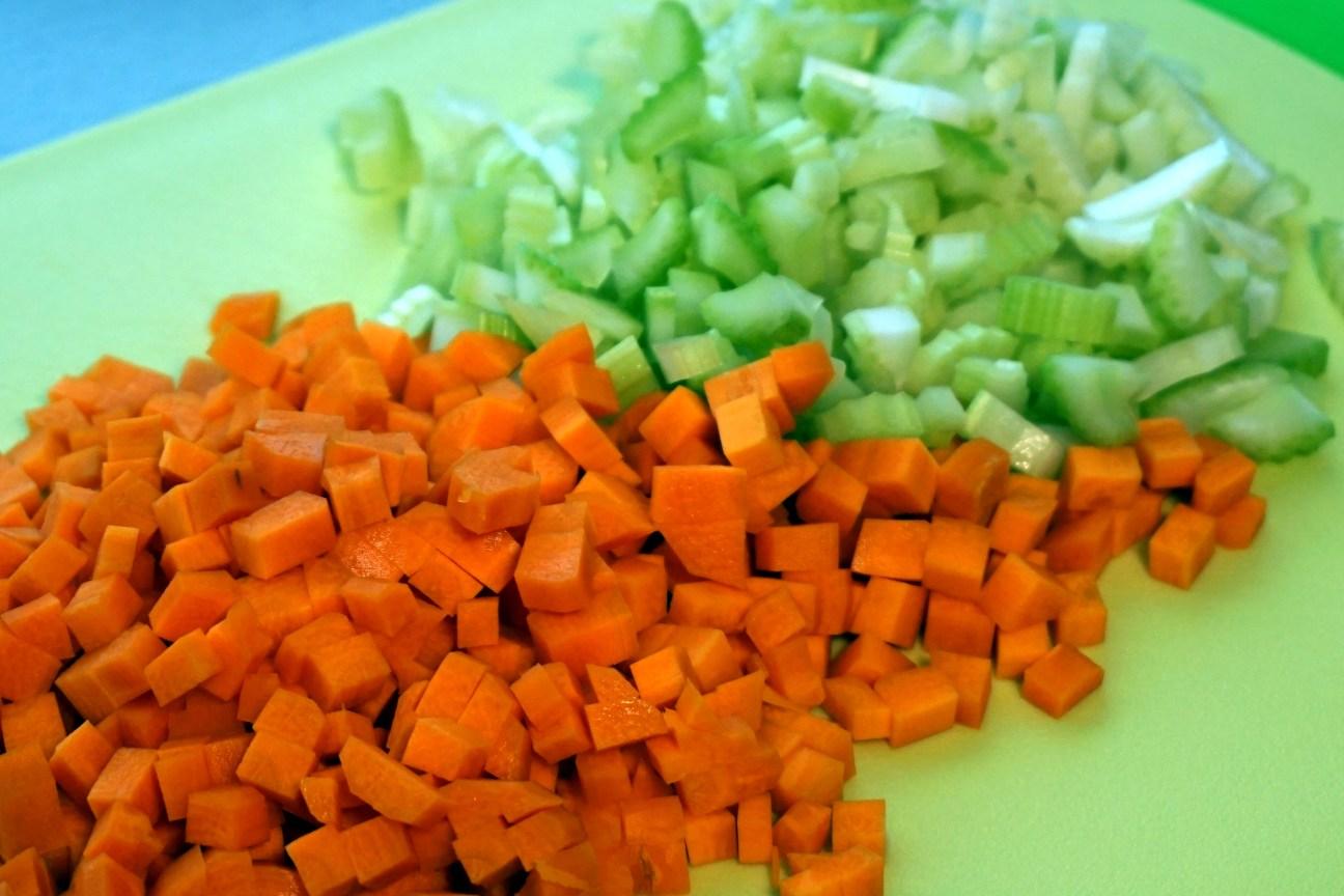 Karotten und Sellerie Würfel