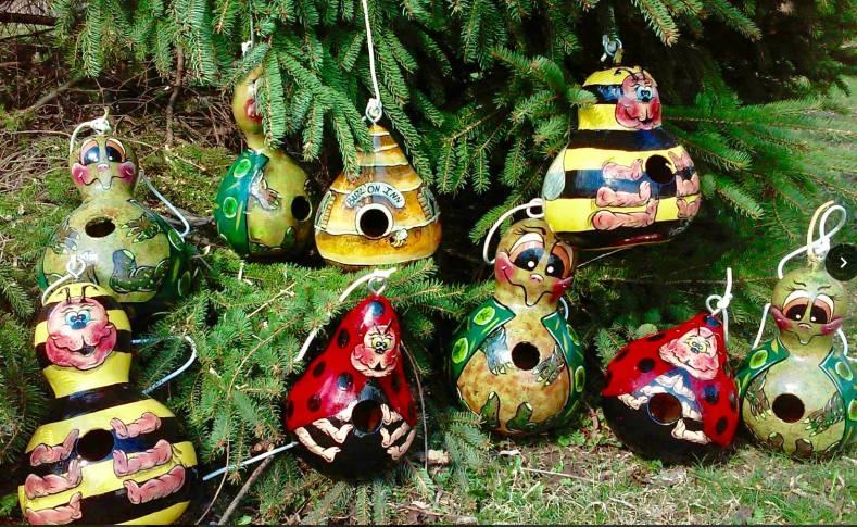 Gingell Gallery – Hand-painted Wooden Christmas and Halloween Ornaments, Outdoor décor, Paintings