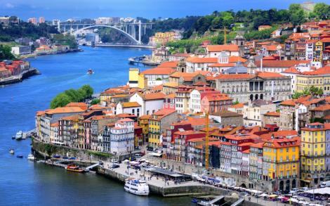http://www.telegraph.co.uk/content/dam/Travel/Destinations/Europe/Portugal/Porto/Porto-old-town-and-river-Douro-cropped-xlarge.jpg