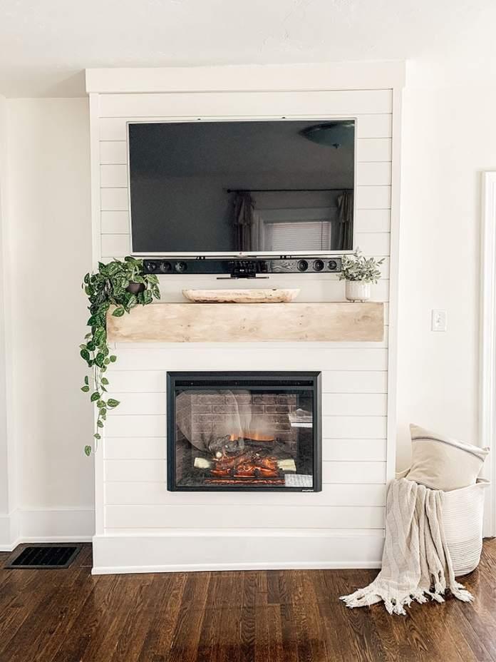 Diy Shiplap Electric Fireplace Mantel Micheala Diane Designs