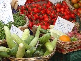 Sicily_fresh-produce_market