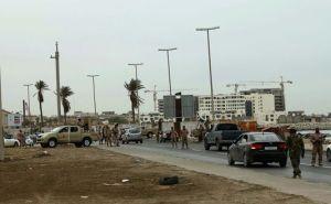 Un point de contrôle à l'entrée de Tripoli...Chose inexistante à l'époque du Grand Guide Socialiste Lybien .