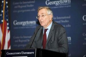 Le journaliste Seymour Hersh