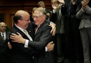 Frank Zampino et Gérald Tremblay...des câlins de mafieux.