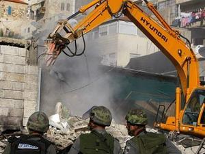 La destruction est déjà commencée...sournoisement depuis 2010.