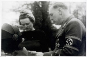 William Joyce en compagnie de sa femme Margareth fut condamné à mort.