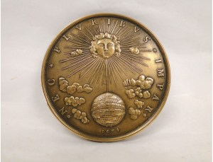 medaille-en-bronze-dore-decor-louis-xiv-roi-soleil-france-20e