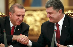 Porochenko ey Erdogan en discussion.