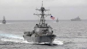 Le destroyer USS Lassen en mer de Chine.
