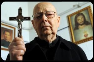 Don Gabriele Amorth ,le grand exorciste est mort. Prions pour lui mes ami(e)s!