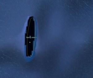 Un documentaliste néo-zélandais nommé Shaun Higgins a récemment résolu un mystère qui déconcertait les cartographes depuis un siècle. Les cartes de navigation ne faisaient aucune mention de Sandy Island, qui a était découverte sur Google Earth et se retrouve maintenant dans la base de données mondiale du littoral. La cartographie des plaques tectoniques ne comportait pas cette information cruciale, ainsi cette île fut oubliée depuis 1908!