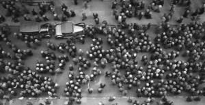 Une mer de chapeaux à New York en 1939.