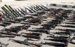 La majorité des armes saisies lors des combats,proviennent des pays occidentaux:États-Unis,Angleterre,France,Allemagne surtout. Elles auraient étré financées par les deux états criminels de l'Arabie Saoudite et d'Israel.