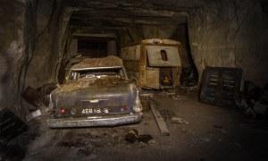 """"""" La plupart des voitures sont encore en paix à l' intérieur de la carrière"""", a déclaré Michel  à Fox News . Bien que la découverte était certainement hors de l'ordinaire pour l'explorateur, il espère que ce ne sera pas la seule fois que cela va arriver. «Ce fut une expérience incroyable, et j'espère vraiment trouver un autre  endroit similaire à l'avenir."""""""