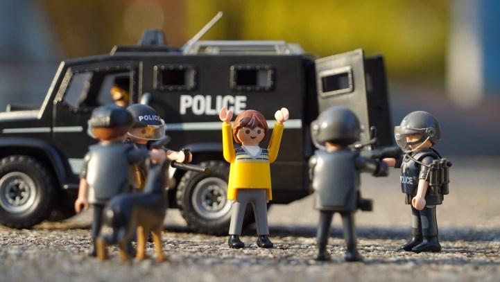 Gilets Jaunes, Manifestants, vous êtes arrêtés, quels sont vos droits ?