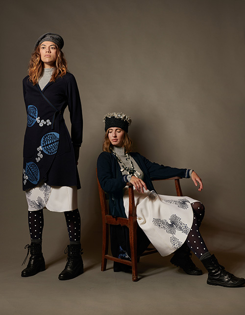 manteaublemaill-jupe-blanche-imprimé-motifs-hiver-2021-michele-forest