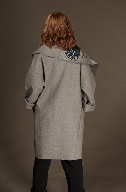 manteau-dos-laine-gris-imprimé-grandcol-poches-hiver-2021-michele-forest-design