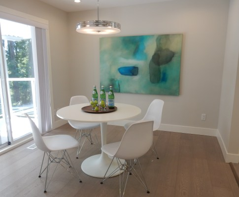 You KNOW it's time to call a Professional Home Stager when….