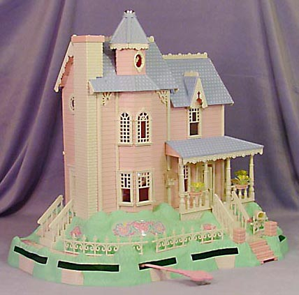 Precious Places Magic Key Mansion. Photo credit: http://www.thisoldtoy.com/l_fp_set/toy-pages/5000s/5166-magickeymansion.html