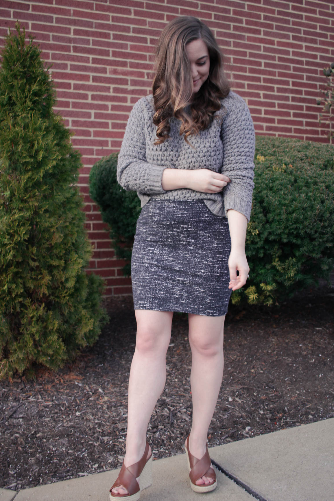 How to Style a Cropped Sweater for Date Night / Michelle Amanda Wilson