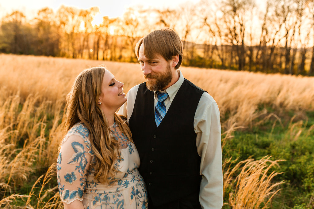 Franklin-Tennessee-Maternity-Styled-Floral-Dress-Field-Golden-Love