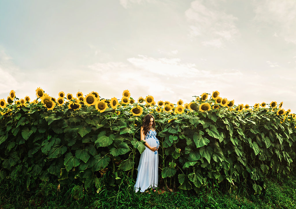 Sunflower-Maternity-Nashville-Tennessee-Field-Batey-Farms-24
