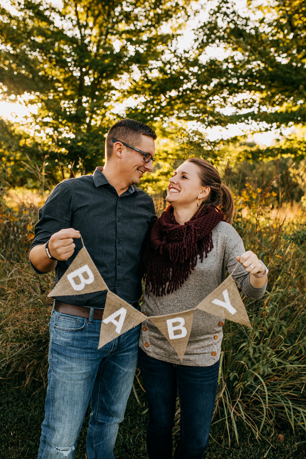 Hobbs-Pregnancy-Announcement-Baby-Pregnant-Dog-Michelle-Christine-Photography-18