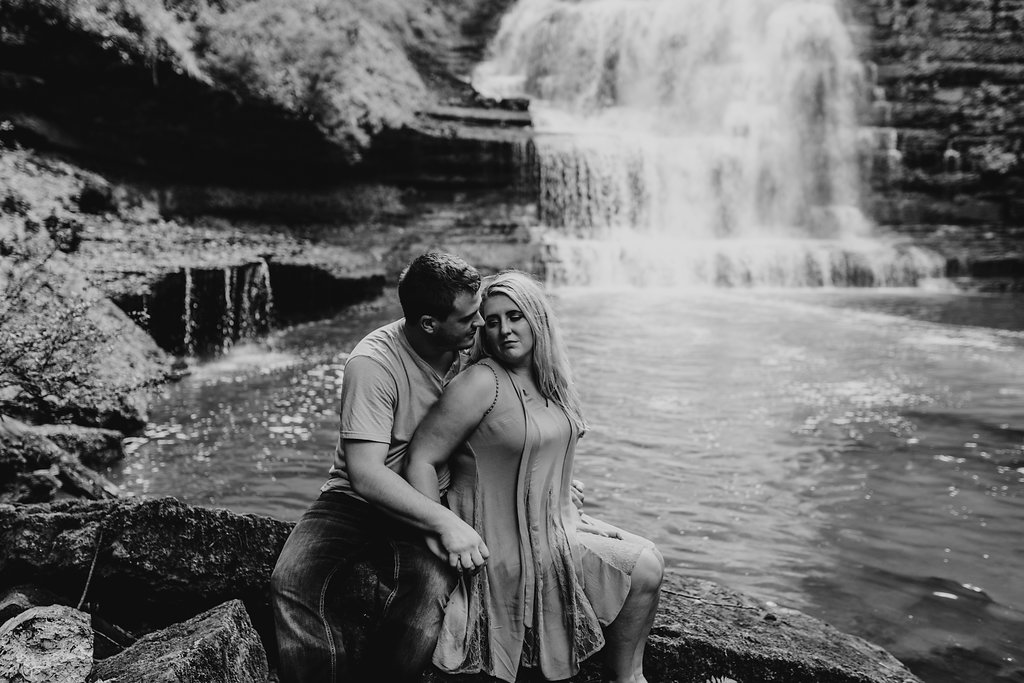 Waterfall-Engagement-Nashville-Tennessee-Evins-Mill-Carmac-Falls-110