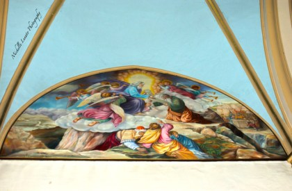 There were such vivid paintings on the walls and ceiling of the churches there.