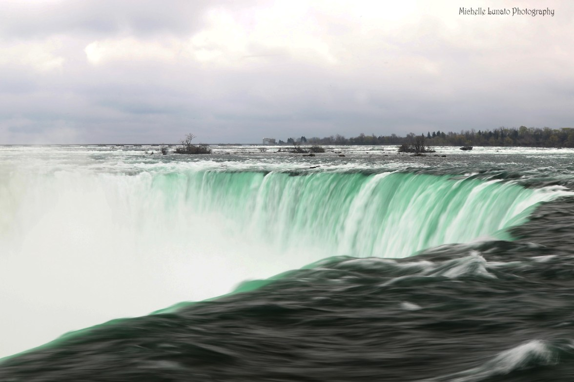 Niagara Falls, view of the Canadian side.
