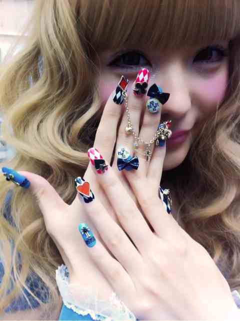 B Disco Tokyo Where To Get Cool Gel Nail Art Done In An Png