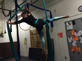 Modelling my super awesome Flying Fox Studio Leggings!