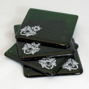 Stag design in white, on green aventurine coaster set