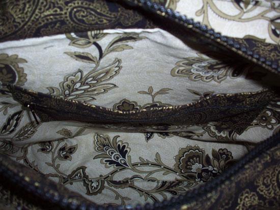 pocket-behind-zippered-pock