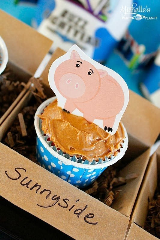 Hamm Cupcake Toppers