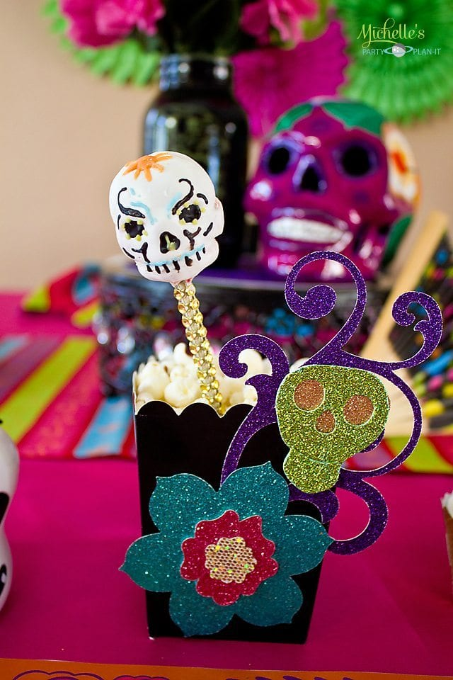 Day of the Dead Party - Sugar Skull Cake Pops