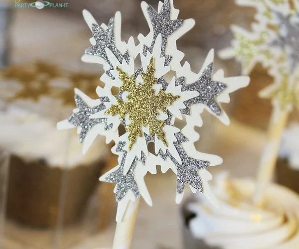 Snowflake Cupcake Topper | Sizzix Inspiration