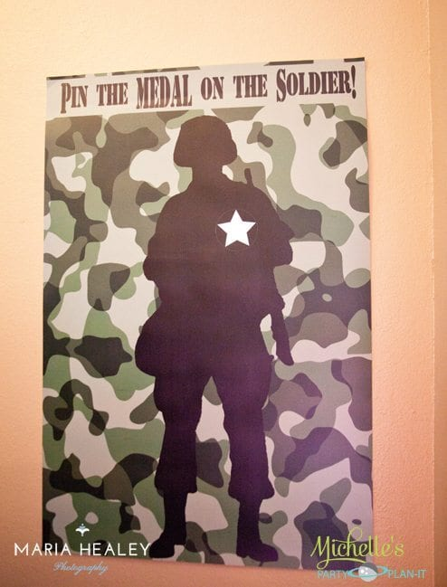 Pin the Medal on the Soldier Game