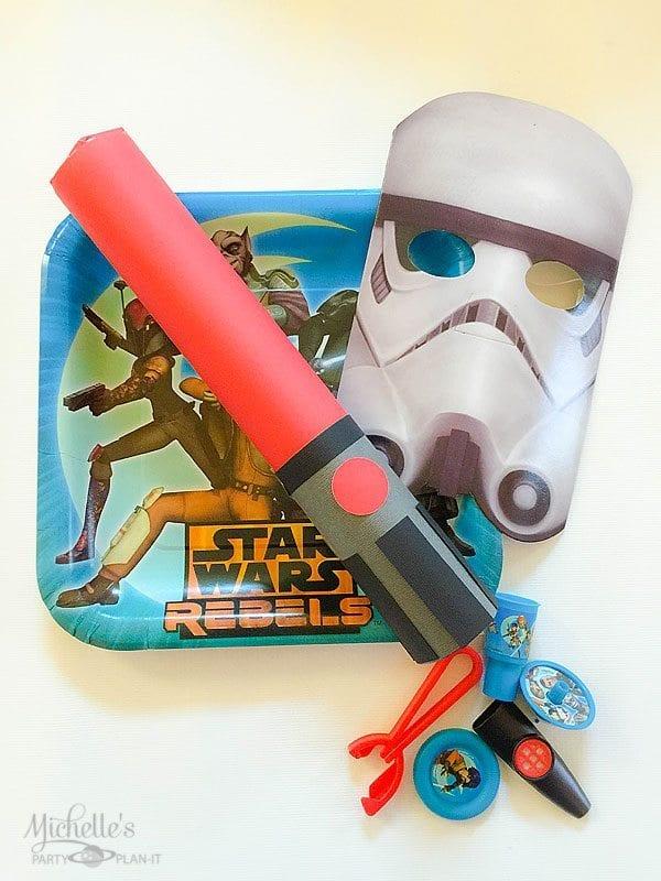 DIY Star Wars Rebels Lightsaber Party Favors   Star Wars Party Ideas