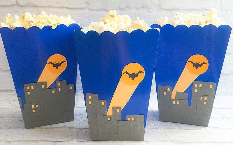 DIY Super Hero Treat Boxes | Party Ideas