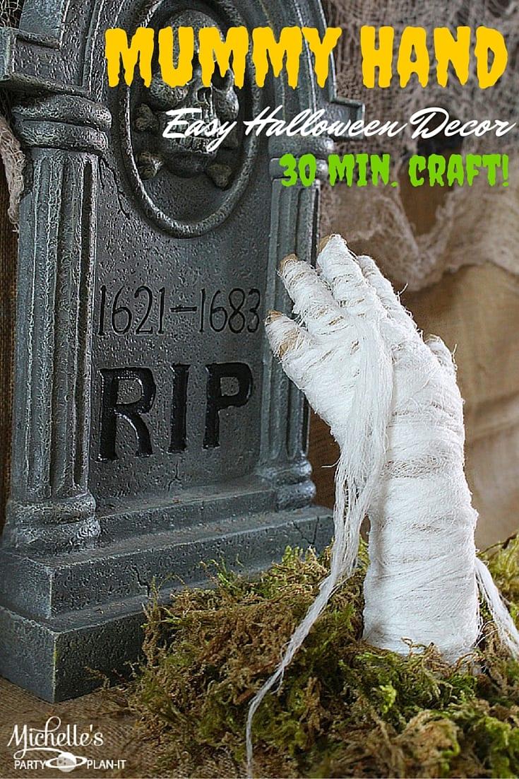 DIY Mummy Hand Decor