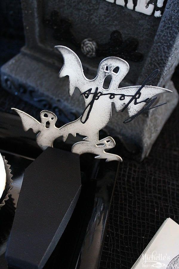 B & W Skull Halloween party