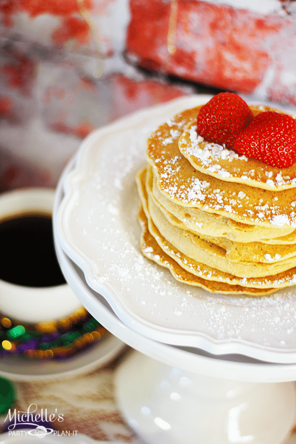 Celebrate Mardi Gras With A Brunch | Mardi Gras Food and Drinks