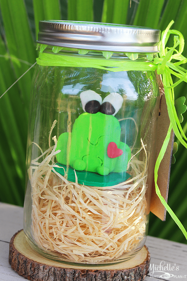 A Hoppy Little Frog for Teacher | Sculpey Clay Figurine