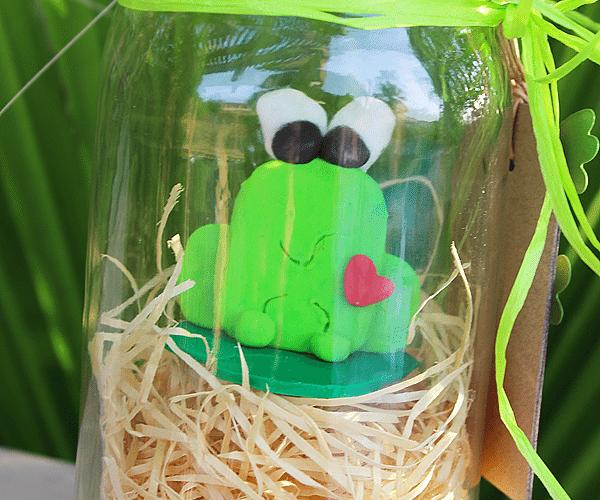 Laura kelly frog 6