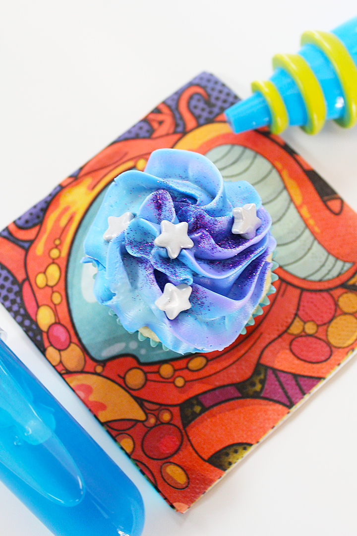 Outer Space Play Date Ideas - Galaxy Cupcakes