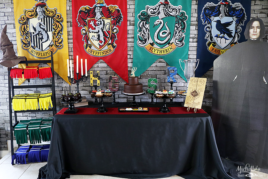 Harry Potter Birthday Party Table