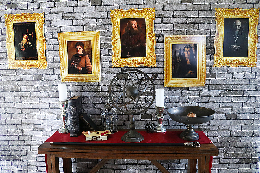 Hogwarts Inspired DIY Portrait Backdrop - Whip It Up Wednesday