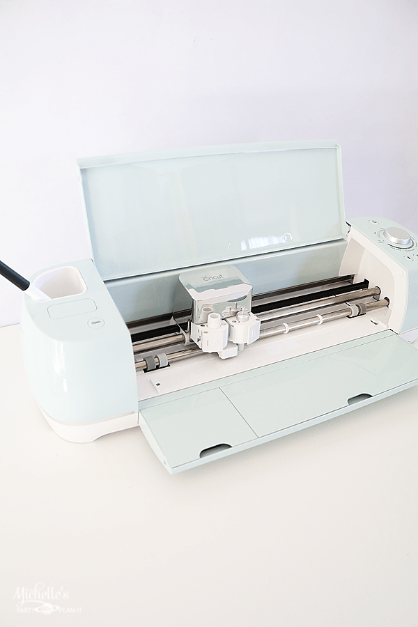 A close look at the Cricut Explore Air 2